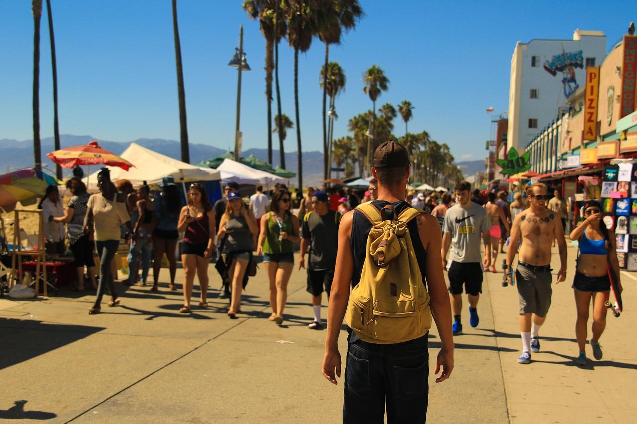 Los españoles prefieren hacer turismo nacional este verano