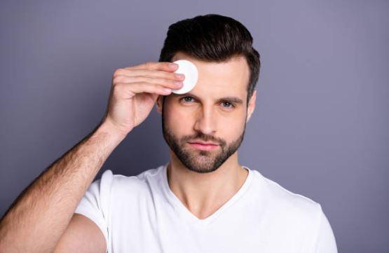reduce brotes de acné