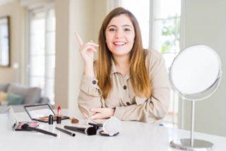 5 cursos de maquillaje gratis online 👈
