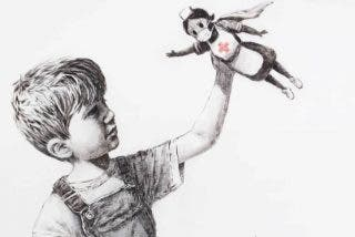 Ni Batman ni Spiderman: una enfermera es la superheroína de la nueva obra de Banksy