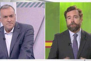 """Espinosa de los Monteros se mofa en la cara de Fortes del debate entre Cué y Pedrojota: """"Tu tertulia es muy divertida"""""""