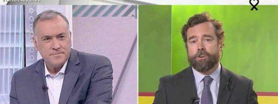 Espinosa de los Monteros se mofa en la cara de Fortes del debate entre Cué y Pedrojota: