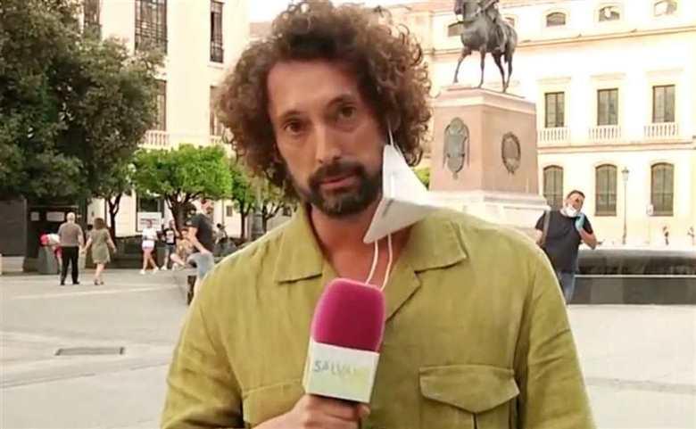 Un reportero de 'Sálvame' rompe a llorar en plena calle tras vivir un momento muy tenso