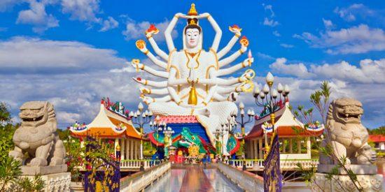 Tailandia: Así es la gigantesca estatua de Wat Plai Laem
