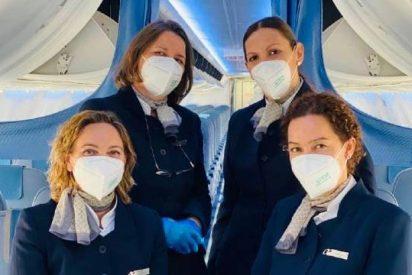 Globalia: Air Europa entrega mascarillas a todos sus pasajeros