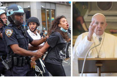 """El Papa lamenta """"el pecado del racismo"""" pero advierte que """"nada se gana con violencia"""""""