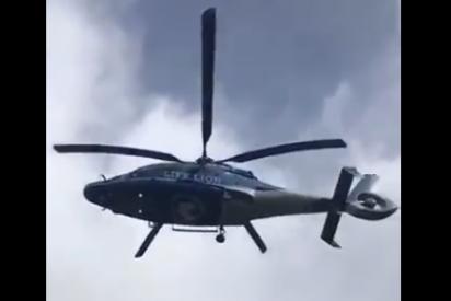 Impactante: el vídeo de un helicóptero volando con las hélices paralizadas