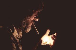 Cuidado al humo del tabaco: puedes contagiarte de coronavirus
