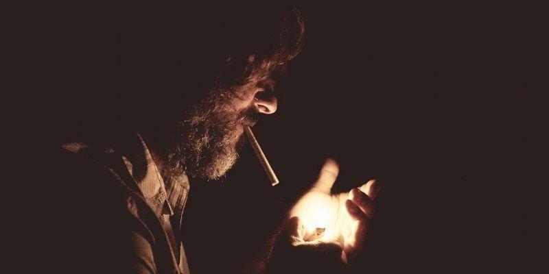 Cuidado con el humo del tabaco: puedes contagiarte de coronavirus