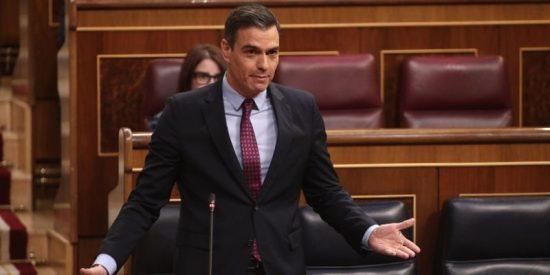 """Sánchez elude hablar de recortes y suelta una charla que no se cree ni él: """"Lo que tiene que haber son políticas anticíclicas"""""""