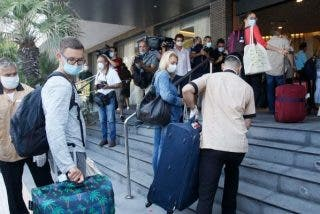 Los hosteleros, muy cabreados con Sánchez, explotan contra su birria de Plan de Impulso al Sector Turístico