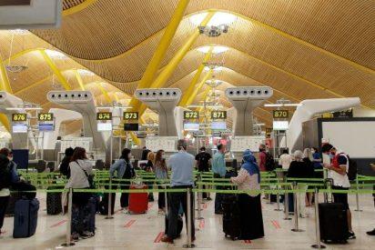 El Gobierno, 'en bragas' de nuevo: sin planificación ni protocolos en la reapertura del turismo