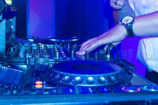 Discotecas: reabren este lunes pero con un tercio de aforo y sin pista de baile