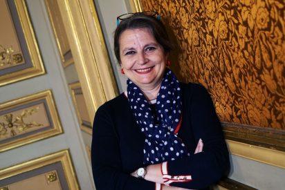 "Entrevista a María Elvira Roca Barea: ""No me extrañaría ver caer más estatuas en España; somos muy permeables a las modas"""