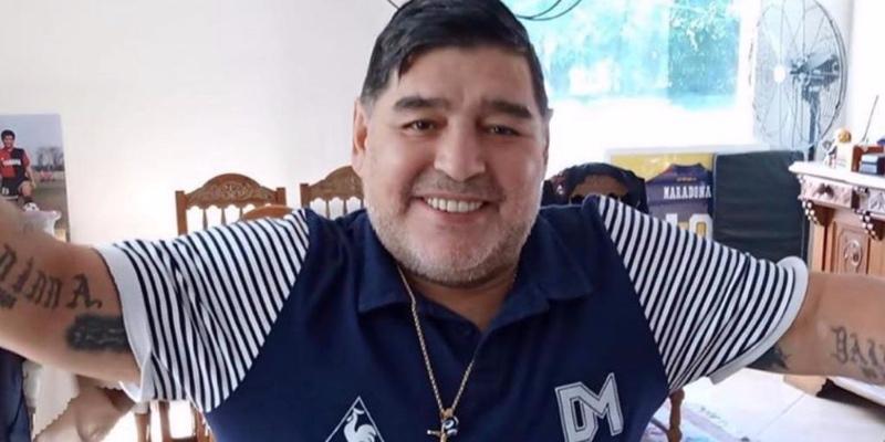 Drama en Italia: hallan a un excompañero de Maradona en el Nápoles viviendo en la indigencia