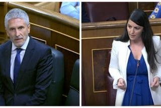 Olona (VOX) acosa a Marlaska con las dos fotos que plasman la 'degradación' del ministro y su 'odio' a la Guardia Civil