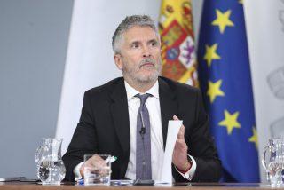 El 'negro futuro' de Marlaska: solo un pacto del PSOE 'in extremis' evitará su calamitoso final