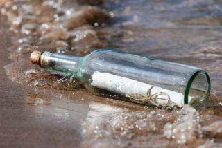 Un antiguo cartero resuelve el secreto de un mensaje de más 30 años metido en una botella