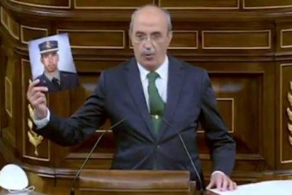 """Entrevista a Antonio Salvá (VOX), padre de un guardia civil asesinado por ETA: """"La extrema izquierda ha cogido como vientre de alquiler al PSOE"""""""