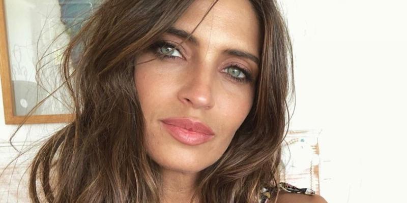 Sara Carbonero impacta con un posado al más puro estilo Kardashian