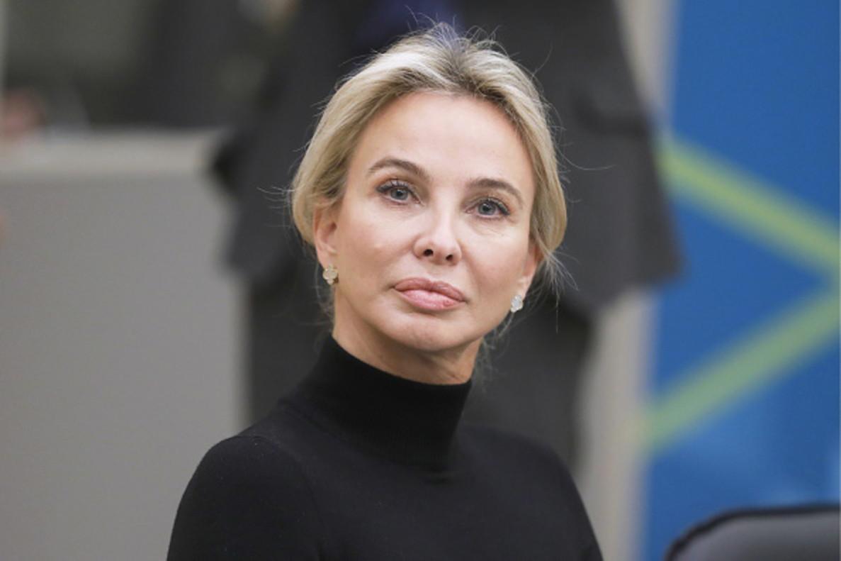 Escándalo en ETB: Corinna lanza unas gravísimas acusaciones contra el Rey Felipe y Casa Real