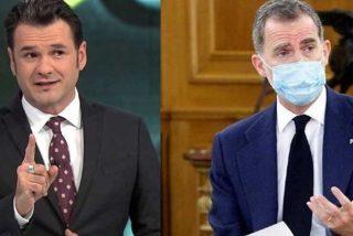 Iñaki López da para lo que da y es esto: el presentador de laSexta se mofa de Felipe VI por una iniciativa solidaria
