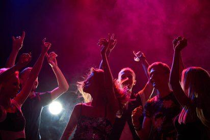 La Policía Nacional sorprende a más de 150 personas celebrando a lo grande en una discoteca de Madrid
