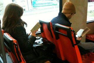 ¿Por qué nos mareamos al leer en el coche, autobús o metro?