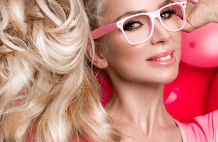 color de labios gafas