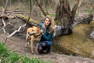 Modelo polaca adopta a un perro y este le desfigura el rostro de un mordisco