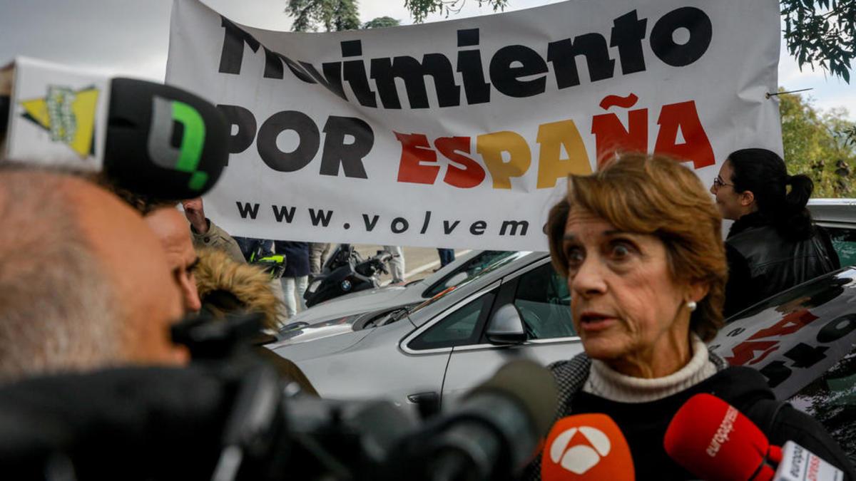 La 'franquista mediática' hiela Moncloa: el Supremo investiga su denuncia a Sánchez por las muertes del coronavirus