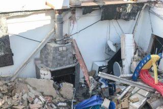 ¡Estaban avisados!: se hunde la terraza de una casa en Elda por el peso de una piscina hinchable