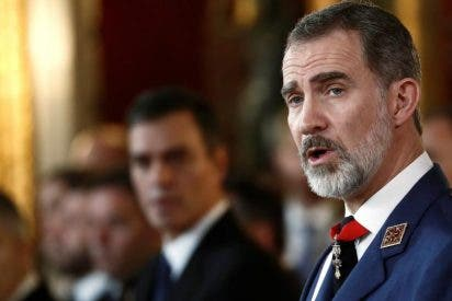 Un informe 'secreto' de Casa Real hunde a Pedro Sánchez y denuncia la trama de Iglesias contra la Corona
