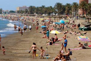 Detenida una pareja por tener sexo en la playa, a plena luz del día y con niños delante