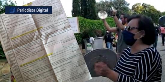 """Entrevista a una de las detenidas por poner el himno frente al casoplón de Iglesias: """"No tenemos libertad, esto es una dictadura"""""""
