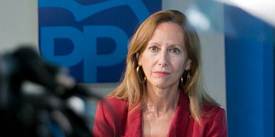 """Entrevista a la diputada Marta González Vázquez (PP): """"Los gallegos no se olvidan del desastre que dejó el bipartito del PSOE con el BNG"""""""
