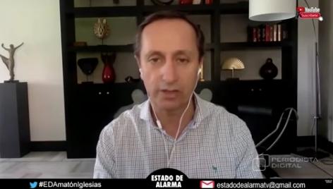 """El Minuto de Oro de Carlos Cuesta: """"Los apóstoles de las camisetas negras de TVE son unos cínicos"""""""