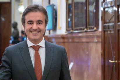 """Entrevista al diputado Diego Movellán (PP): """"Hay 9 millones de personas en paro que no aplauden ni vitorean al gran líder Pedro Sánchez"""""""
