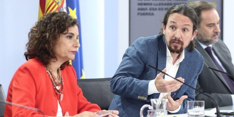 Iglesias se queda sin 'amigos' en Moncloa: Montero exige al podemita erradicar sus actitudes tabernarias contra la prensa