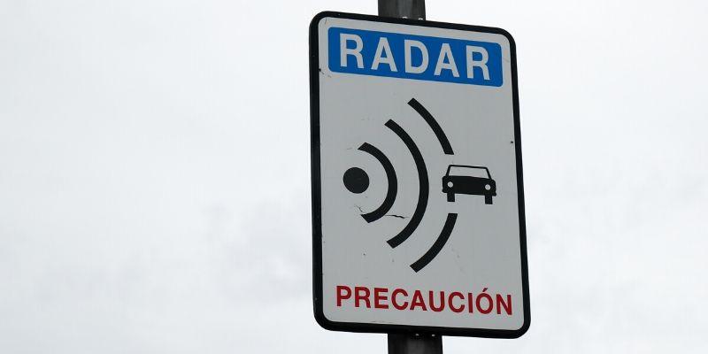 ¿Dónde están los 1.392 radares que hay en España? La DGT descubre su localización
