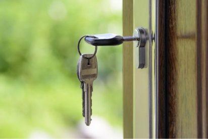La compraventa de vivienda se desploma un 16,9% en todas las comunidades de España