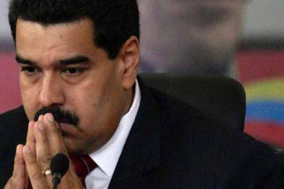 Derrumbe histórico: el valor del dólar supera el salario mínimo y las pensiones en Venezuela