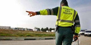 La Guardia Civil arresta a un conductor con un pasaporte de la 'República Errante Menda Lerenda'