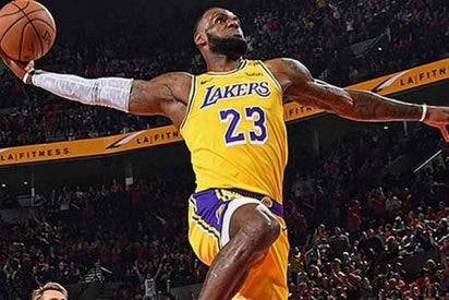 El presumido triple de LeBron que enloquece a la NBA