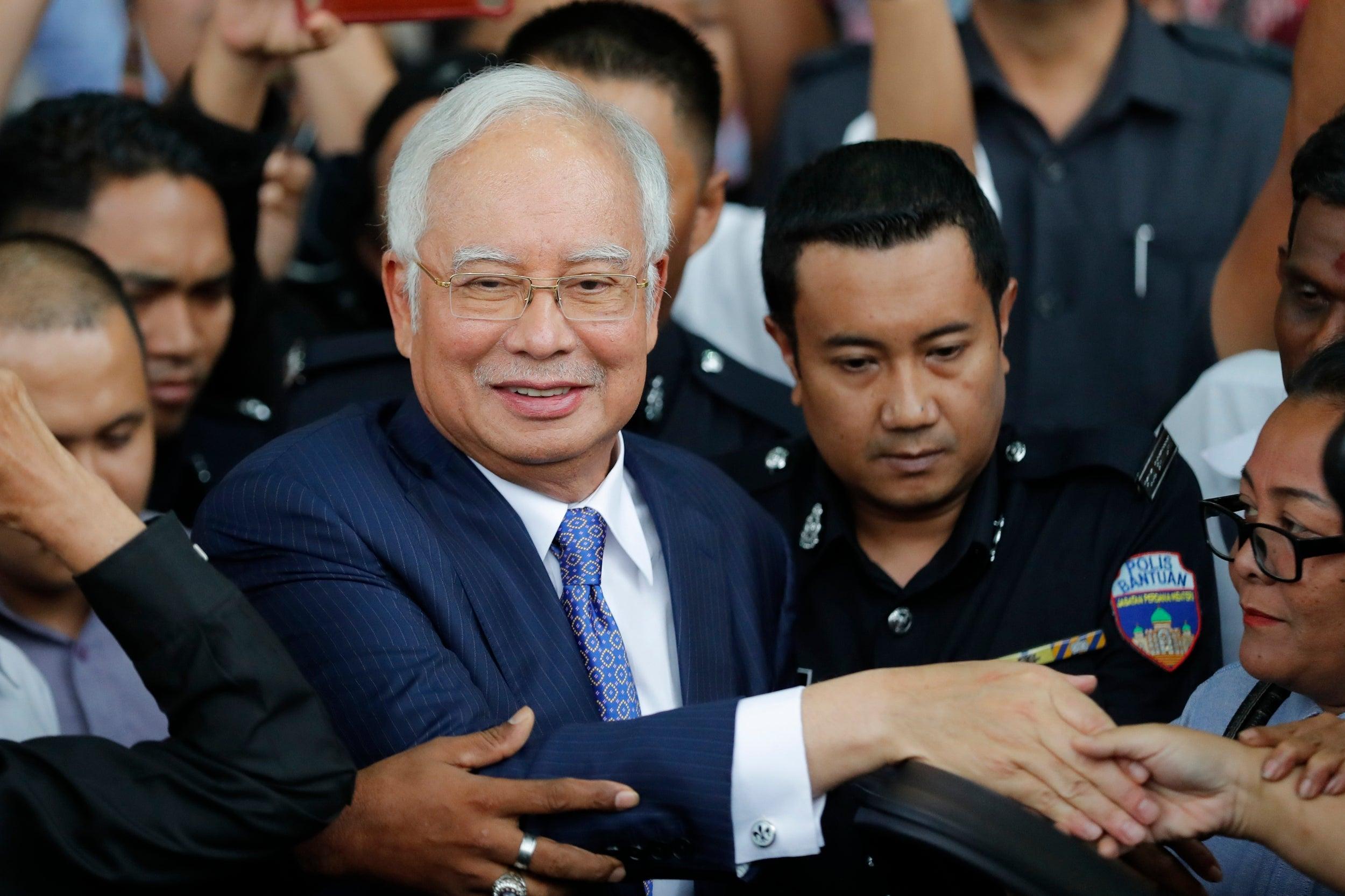 El antiguo primer ministro de Malasia, culpable de corrupción con un fondo estatal