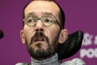El bochornoso lapsus de Echenique al 'hacerle la pelota' a Pablo Iglesias