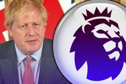 """La nueva polémica de Boris Johnson por la Premier: """"Tenemos la intención de traer de vuelta al público en los estadios"""""""