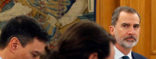 Sánchez ha pactado con Iglesias una ofensiva contra el Rey Felipe VI, para cubrir sus pifias