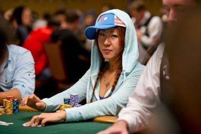 """La Policía investiga la """"misteriosa muerte"""" de una famosa jugadora de póker, carbonizada en un parque"""