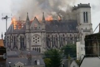 ¡Arde la Catedral de Nantes!